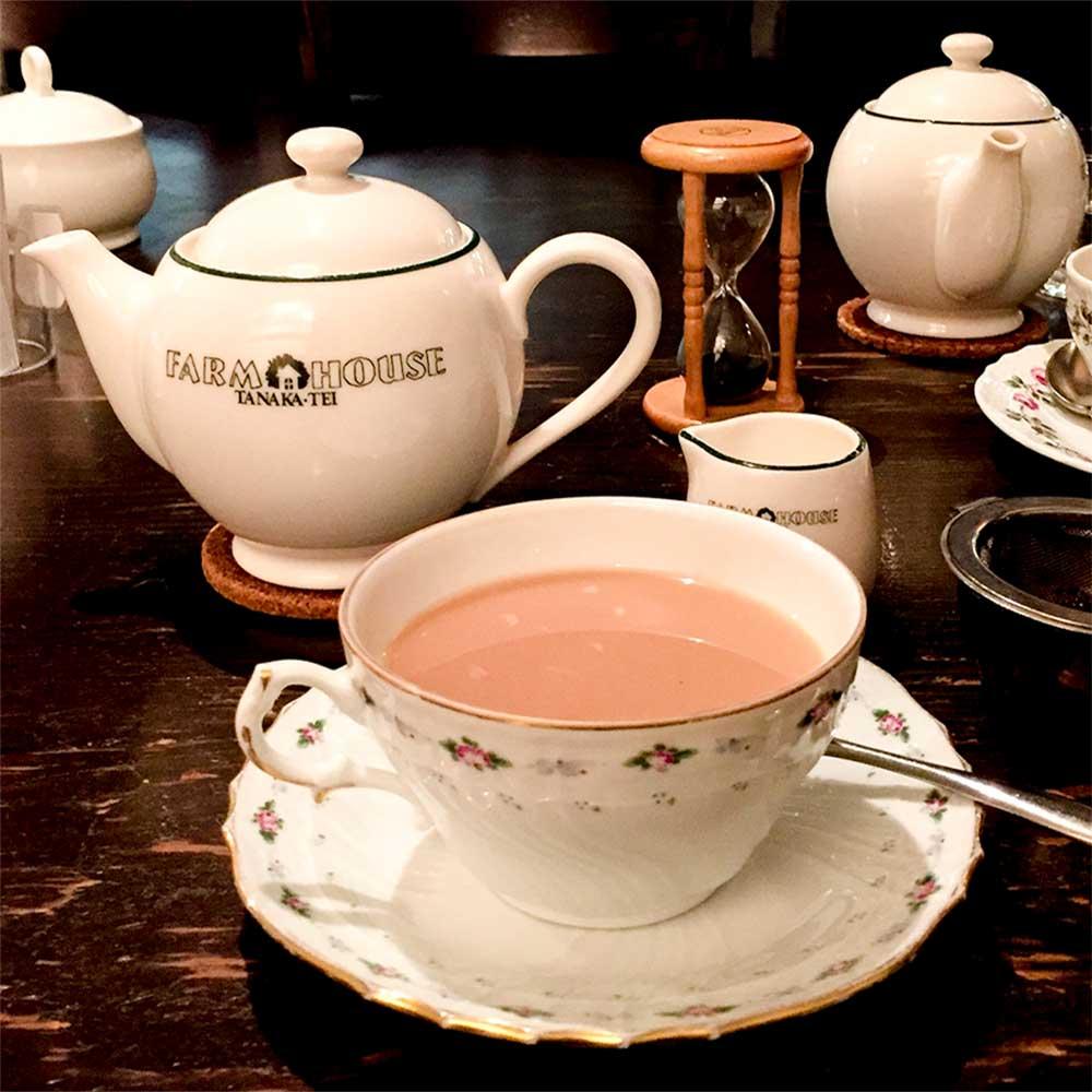 紅茶も美味しい喫茶店多奈加亭へ